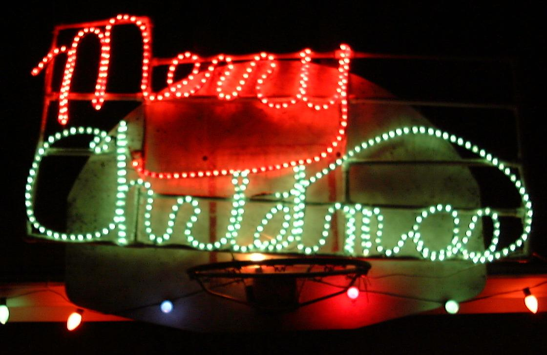 rope light merry christmas sign seen to the left i made this sign in 1992 ropelightsign